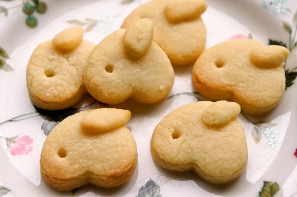 ハート型一つde子供が作る可愛いミニうさぎクッキー[キャラスイーツ・キャラケーキ]