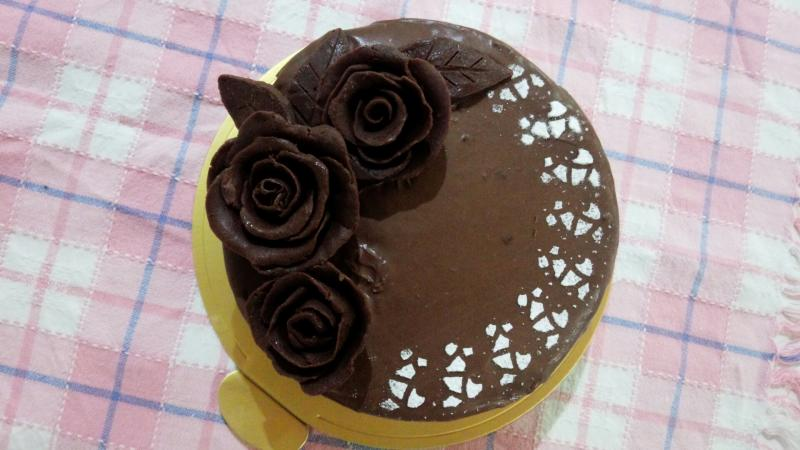 チョコの薔薇ケーキ[キャラスイーツ・キャラケーキ]