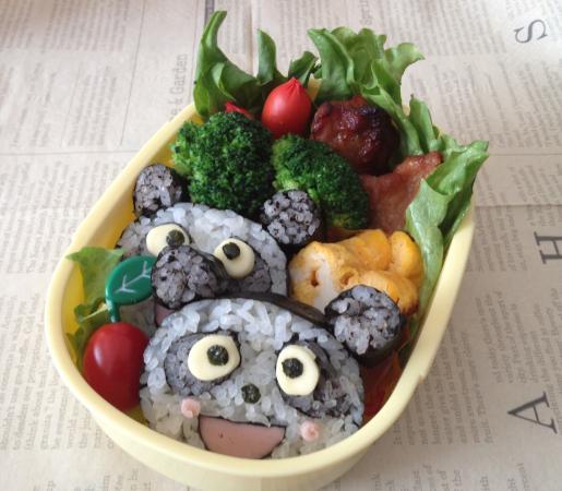 パンダの巻き寿司弁当