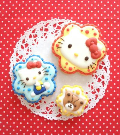 ハローキティのアイシングクッキー♥[キャラスイーツ・キャラケーキ]